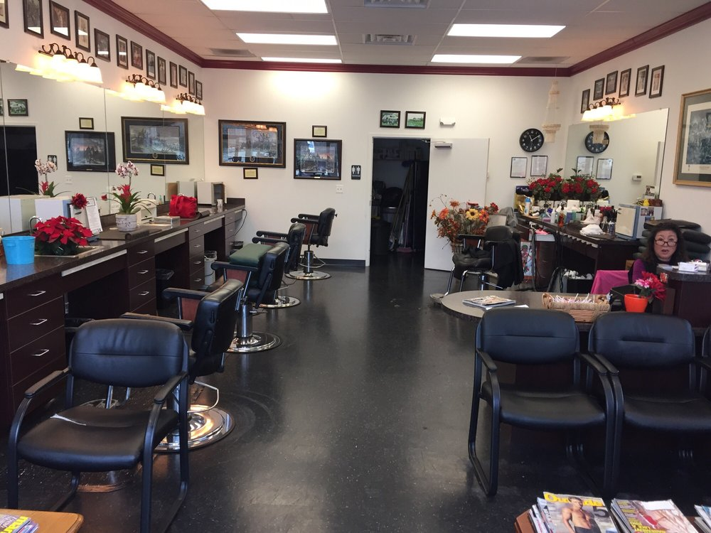 Cookie's Barber Shop: 2712 Jeff Davis Hwy, Stafford, VA