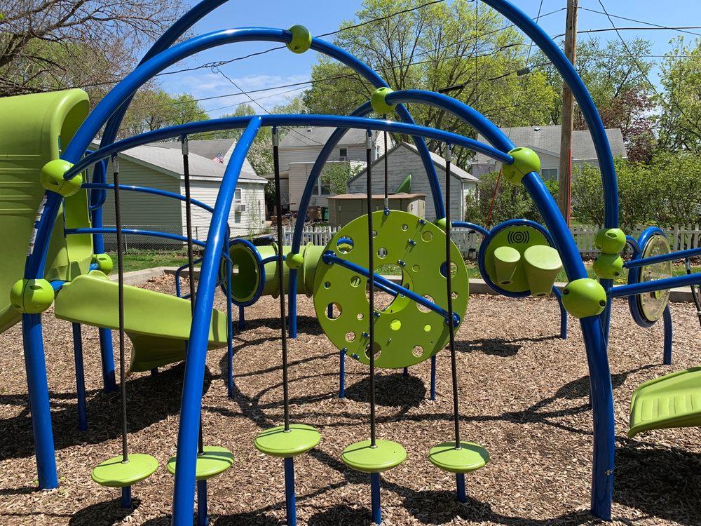 American Legion Park: 628 Linnwill Pl, West Des Moines, IA