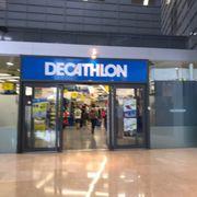 d34b74624da Decathlon - 12 Photos - Fashion - Avenida Diagonal, 557, Les Corts ...