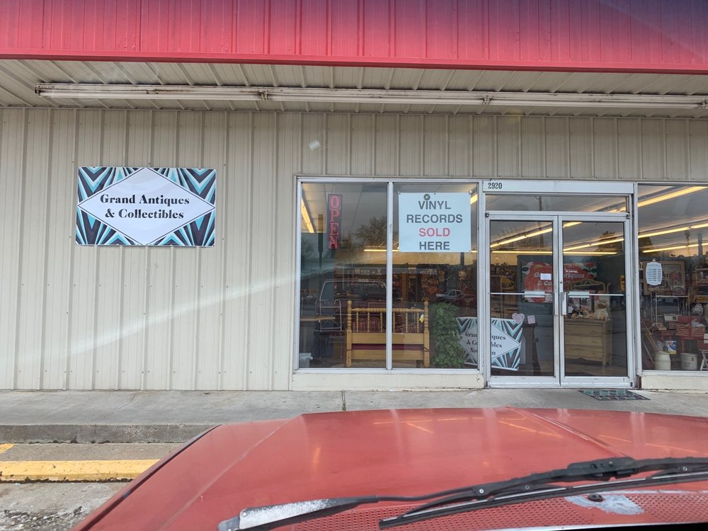 Grand Antiques & Collectibles: 2920 Grand Ave, Fort Smith, AR