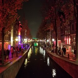 Can amsterdam netherlands red light district