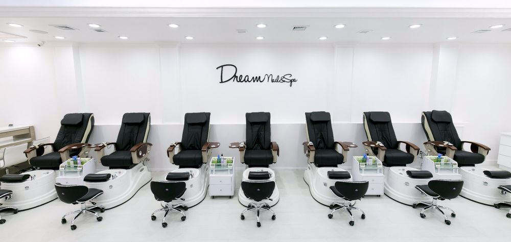 Dream Nails and Spa: 257 Hazard Ave, Enfield, CT