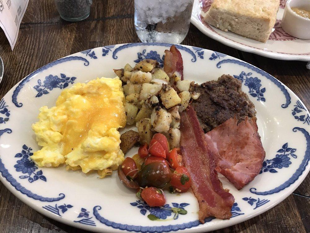 Farmers breakfast yelp for The pioneer woman mercantile pawhuska ok