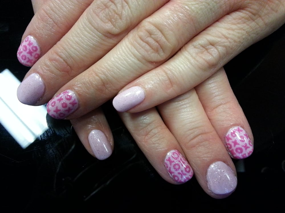 Happy Valentines Day Gel Polish Mani With Hugs And Kisses Nail Art