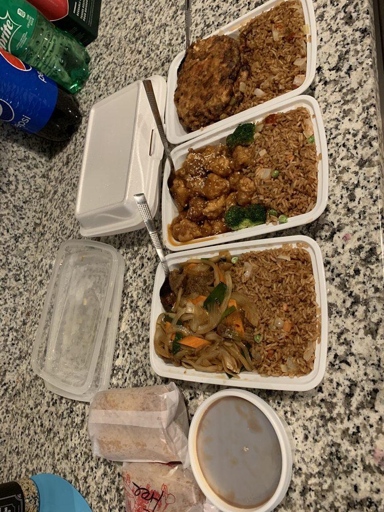 Freddy's Chinse Food: 569 Berkley Rd, Auburndale, FL
