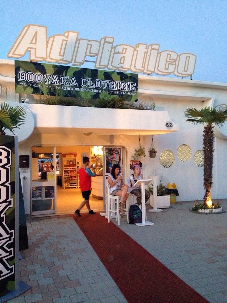 Bagno adriatico 62 spiagge stabilimenti balneari viale - Bagno adriatico cesenatico ...