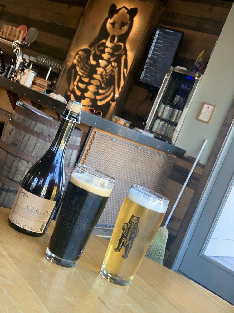 Bear Bones Beer: 2 Cottage St, Bridgton, ME