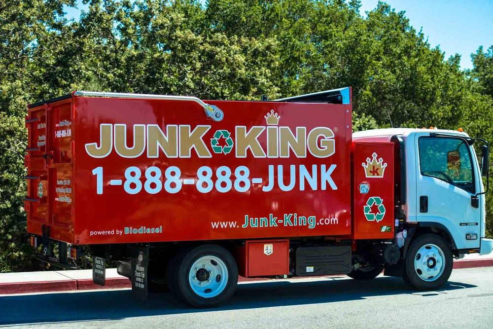 Junk King Cincinnati: 11430 Gondola St., Cincinnati, OH