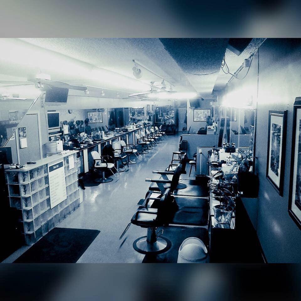 Red's Creative Cuts Unisex Salon: 1611 E Wadsworth Ave, Philadelphia, PA