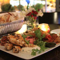 Pera Turkish Kitchen Bar 107 Foto Raf 68 Yorum T Rk Mutfa 2833 N Broadway St