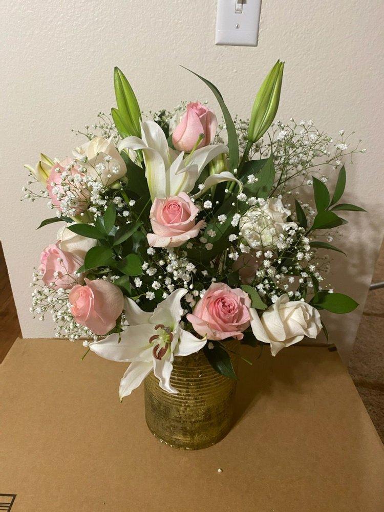 Pod Floral and Design: 2850 SW Cedar Hills Blvd, Beaverton, OR