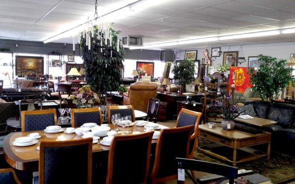 consignment gallery 1505 s 8th st colorado springs co furniture stores mapquest. Black Bedroom Furniture Sets. Home Design Ideas