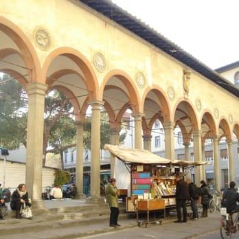 Piazza dei ciompi 23 foto monumenti luoghi storici e d for Piazza dei ciompi