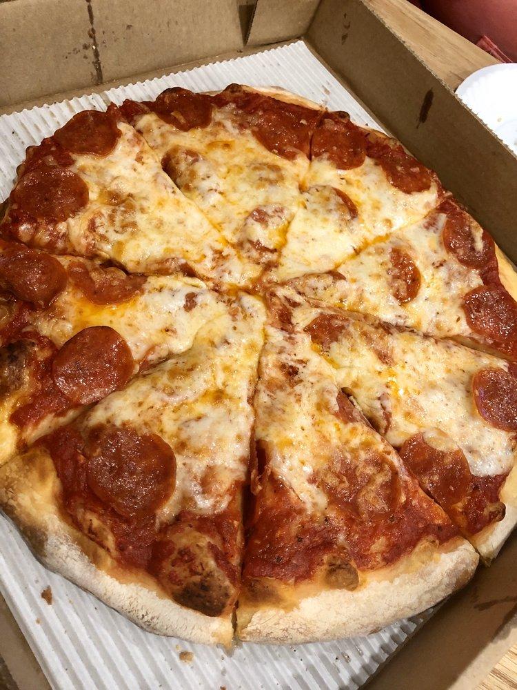 Petrino's Pizzeria: 9479 Riley St, Zeeland, MI
