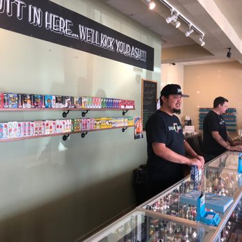 Great Vapes - 36 Photos - Vape Shops - 921 West Veteran