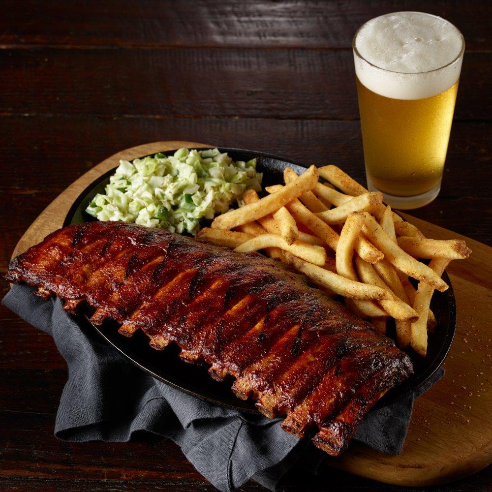 54th Street Grill & Bar: 1307 7 Hwy, Blue Springs, MO