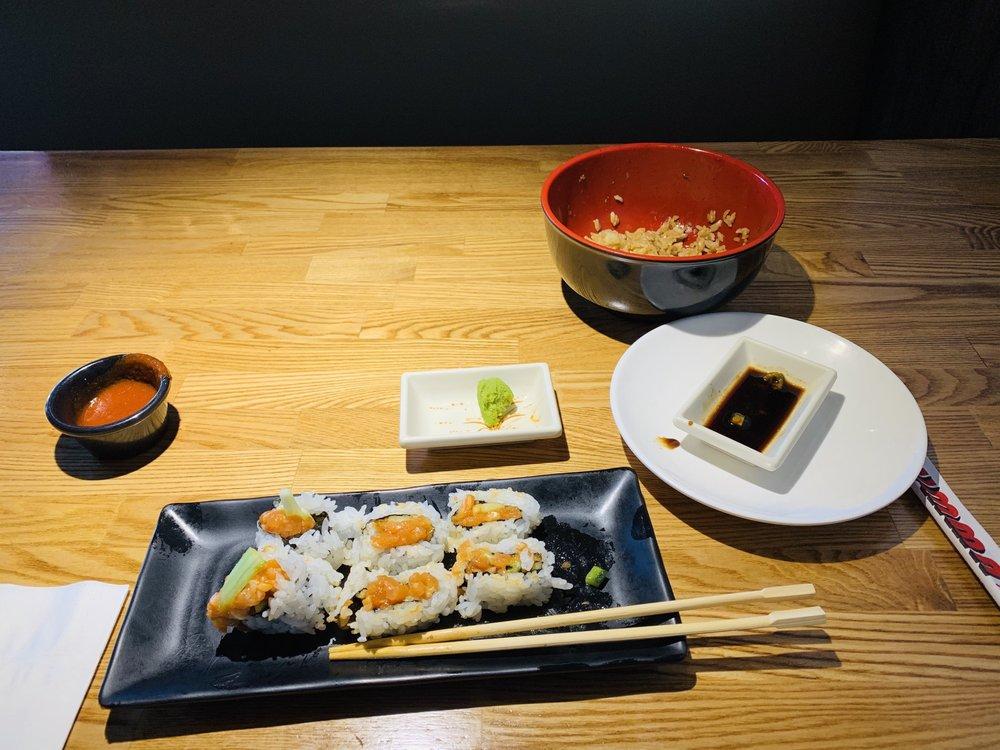 Summa Sushi: 15218 Summit Ave, Fontana, CA