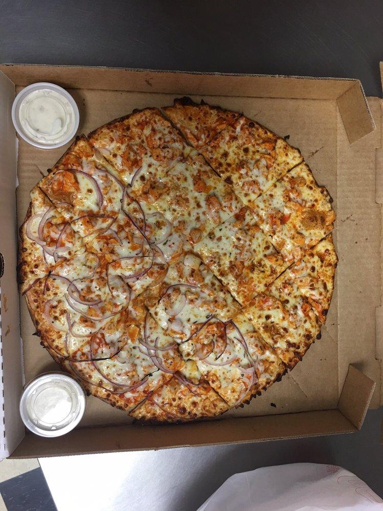 Berni's Pizza: 106 Broadway St, Elsberry, MO