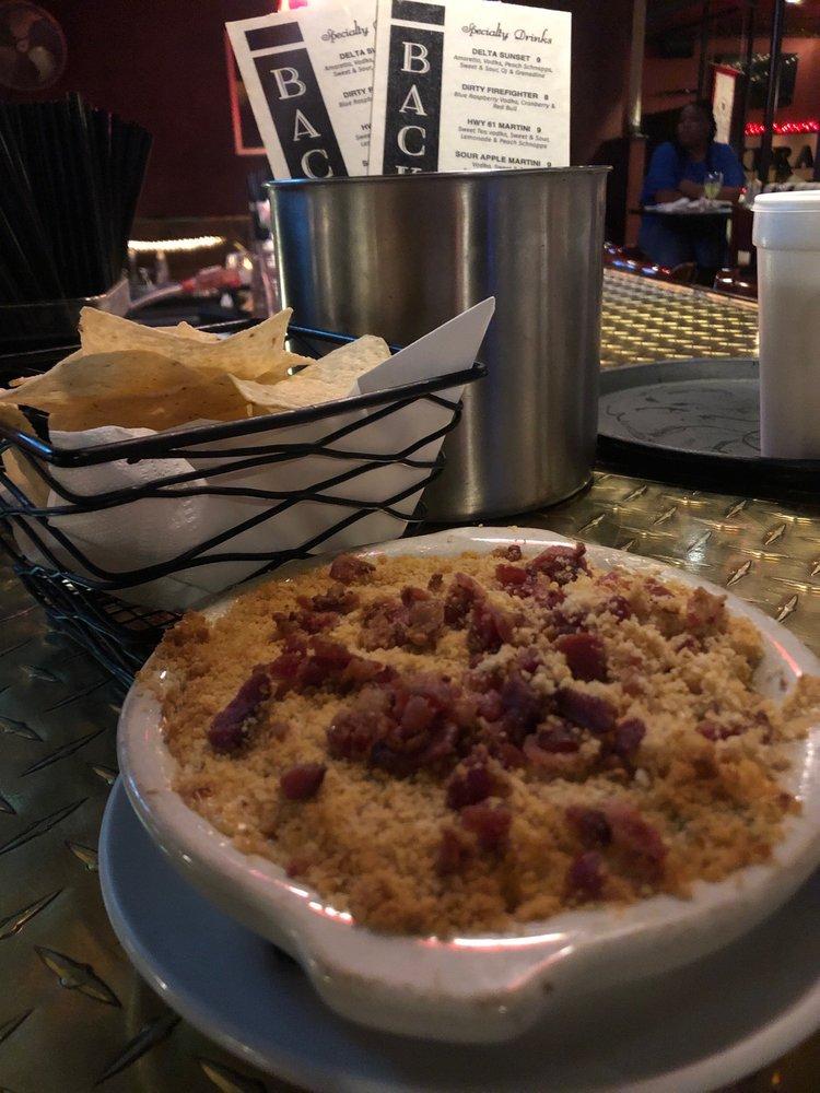 Backdraft Restaurant & Bar: 337 Cotton Row, Cleveland, MS