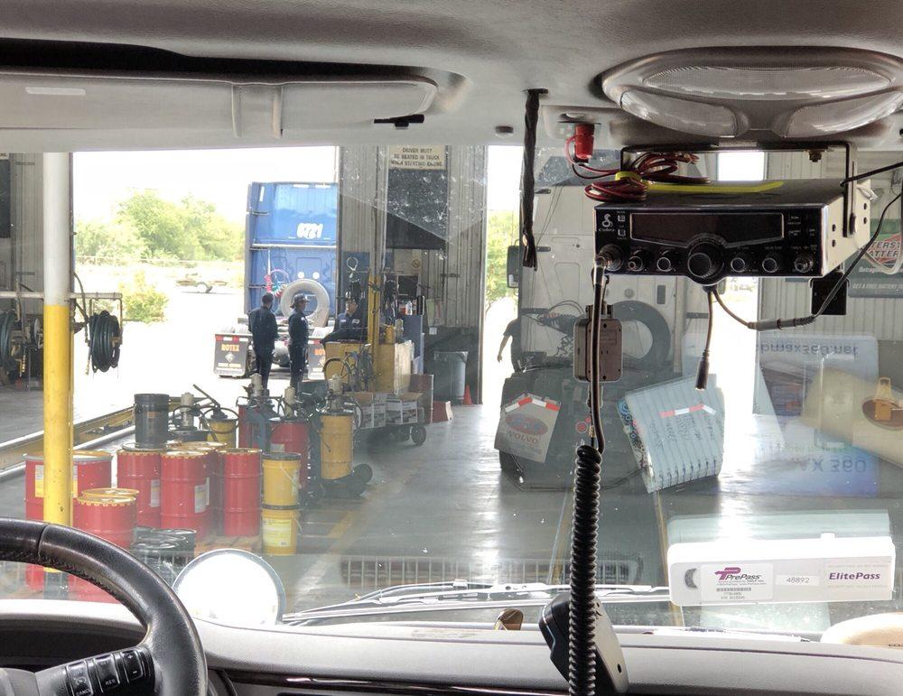 Speedco Lube and Tires: 102 Logistics, Laredo, TX