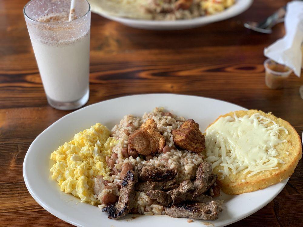 Delicias De La Abuela: 11071 Southern Blvd, Royal Palm Beach, FL
