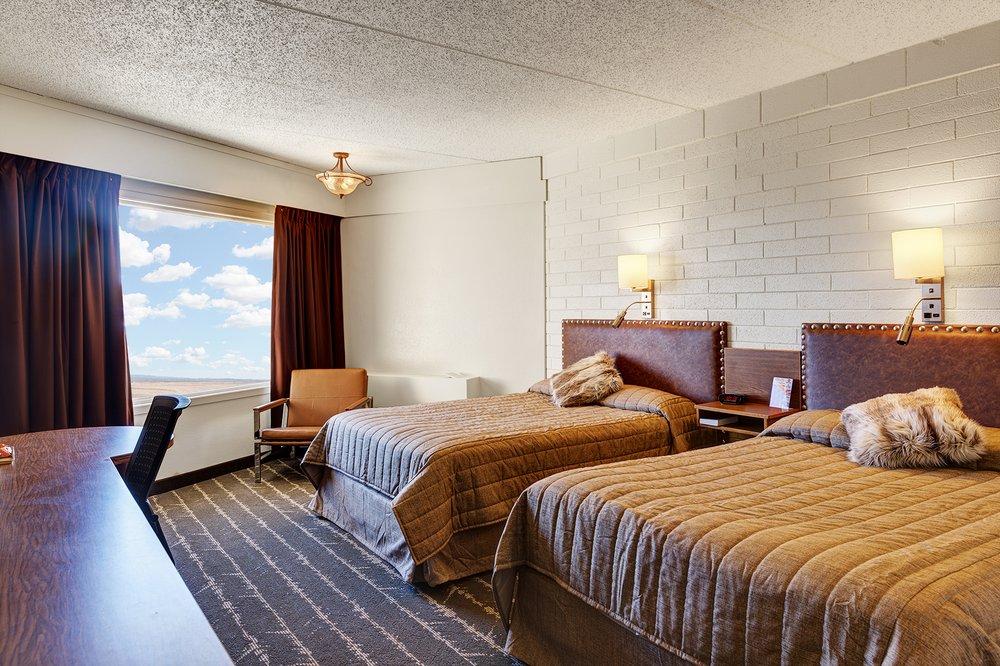 El Rancho Hotel: 1623 2nd Ave W, Williston, ND