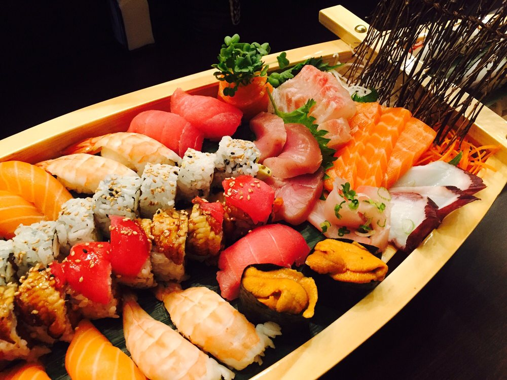 Sunny's Sushi: 13855 Horizon Blvd, Horizon City, TX