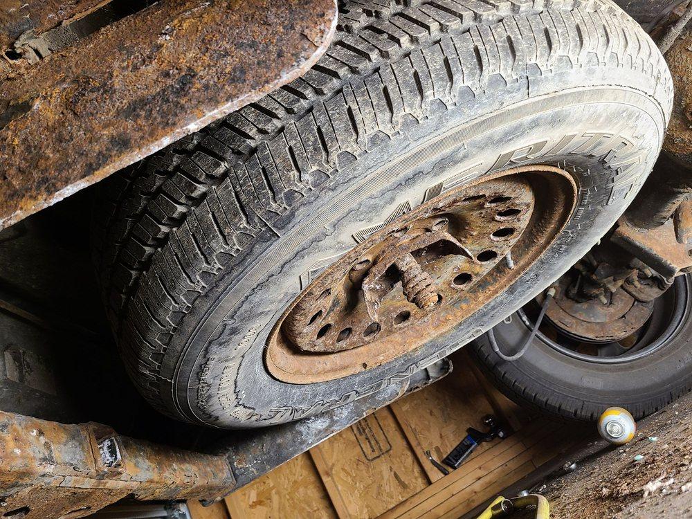 Coughlin Automotive: 255 Lafayette St, London, OH
