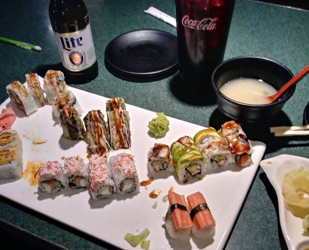 Mizu Sushi: 1320 SW Ashworth Pl, Topeka, KS