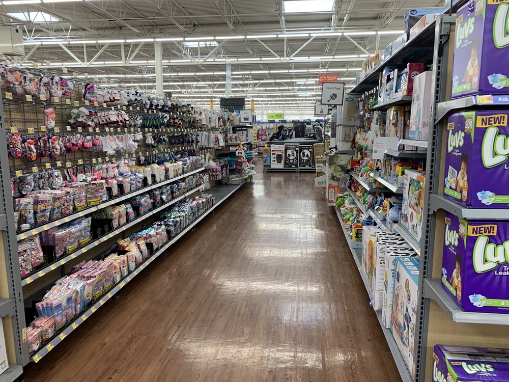 Walmart Supercenter: 66 State Rd, Edgewood, NM