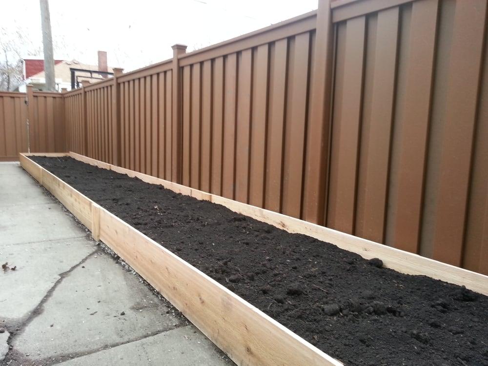 Trex Fence And Custom Cedar Planter Box Beautiful