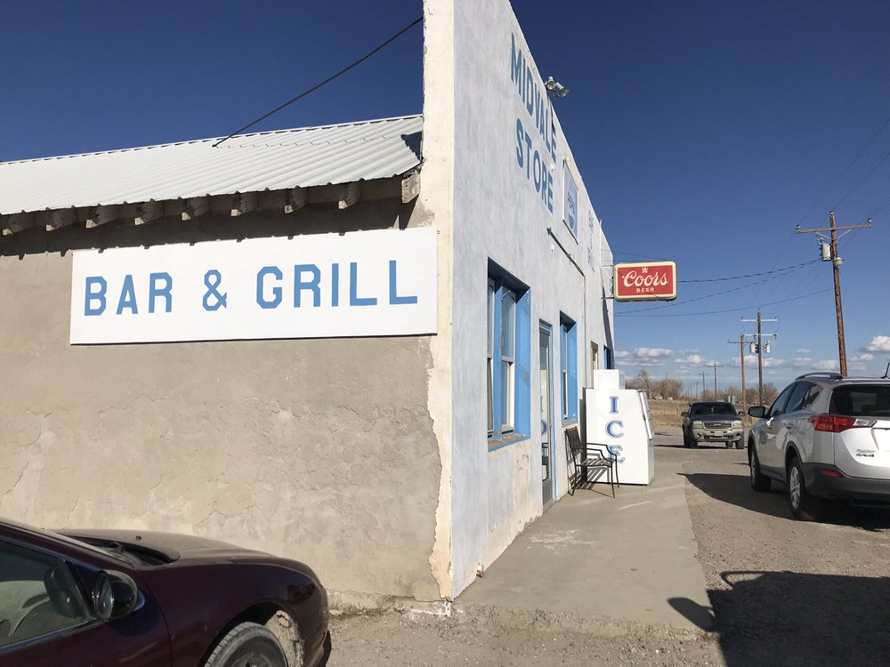 Midvale Bar and Grill: 1550 Missouri Valley Rd, Riverton, WY