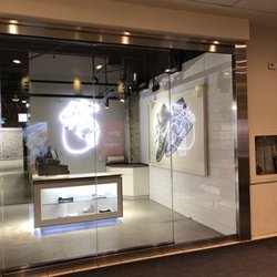 28bda5bdfca50c Air Jordan Store - 16 Photos - Shoe Stores - 306 Yonge Street ...