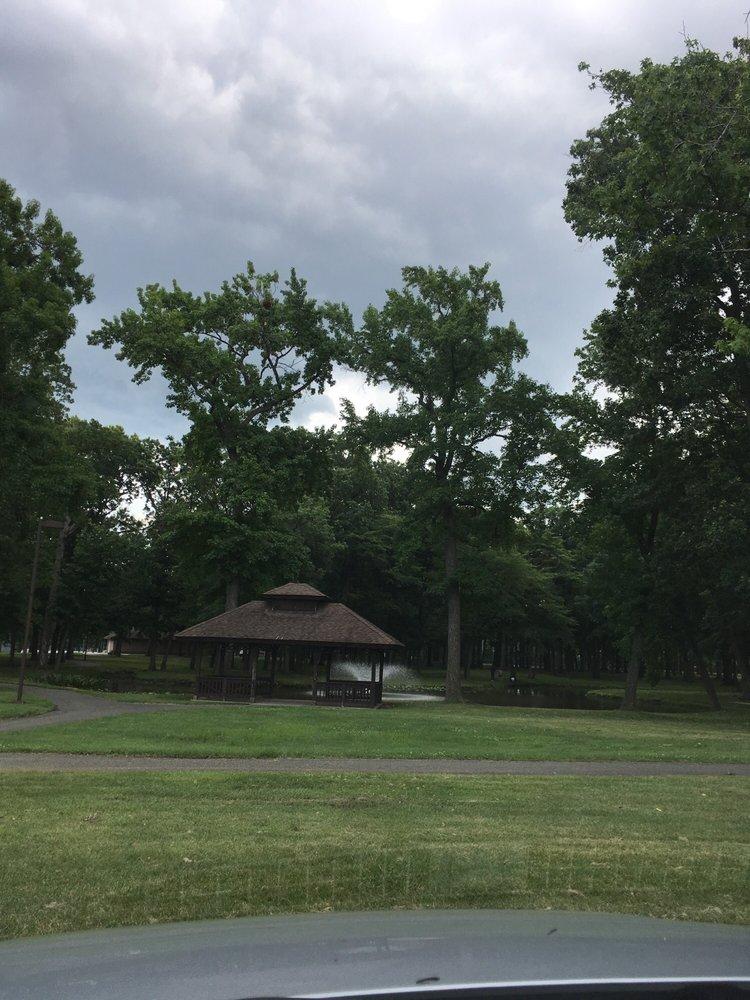 Fords Park: Park Rd, Woodbridge Township, NJ