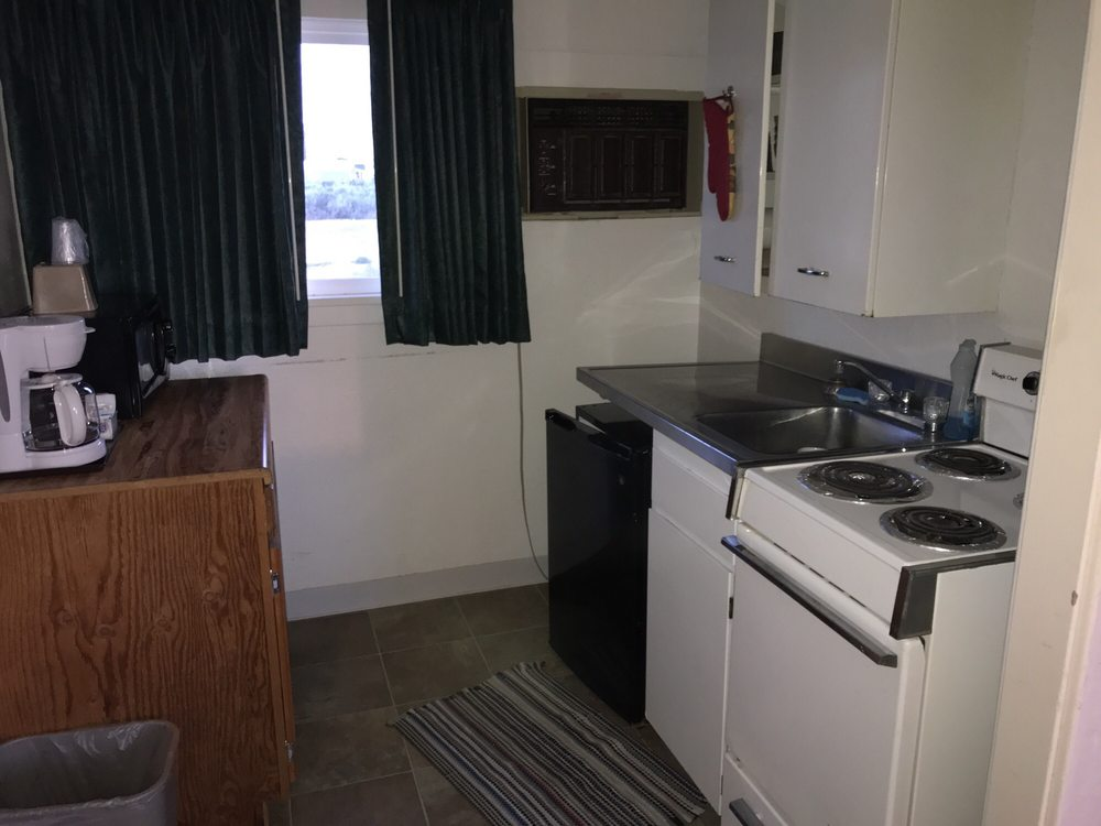 Ala Cozy Motel: 9988 Highway 2 E, Coulee City, WA