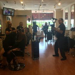 Permuy william salon hairdressers 2712 ponce de leon for Abaka salon coral gables