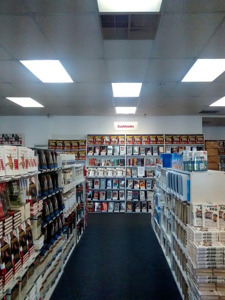 Book Warehouse: 1190 Lakes Blvd, Lake Park, GA