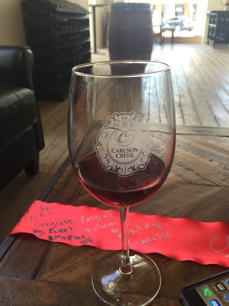 Carlson Creek Vineyard 16 Photos Wine Tasting Room