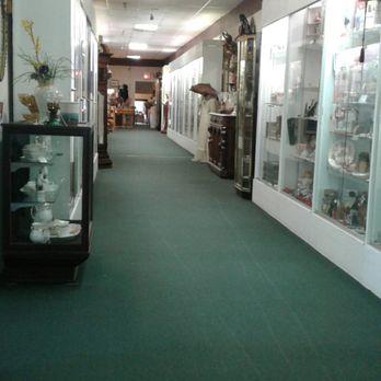 derby city antique mall Derby City Antique Mall   27 Photos & 17 Reviews   Antiques   3819  derby city antique mall