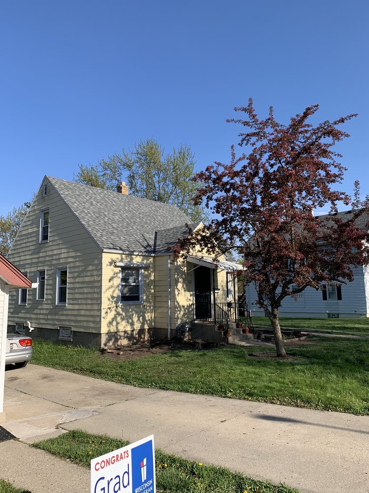 Rescue My Roof: 4561 N 124th St, Butler, WI