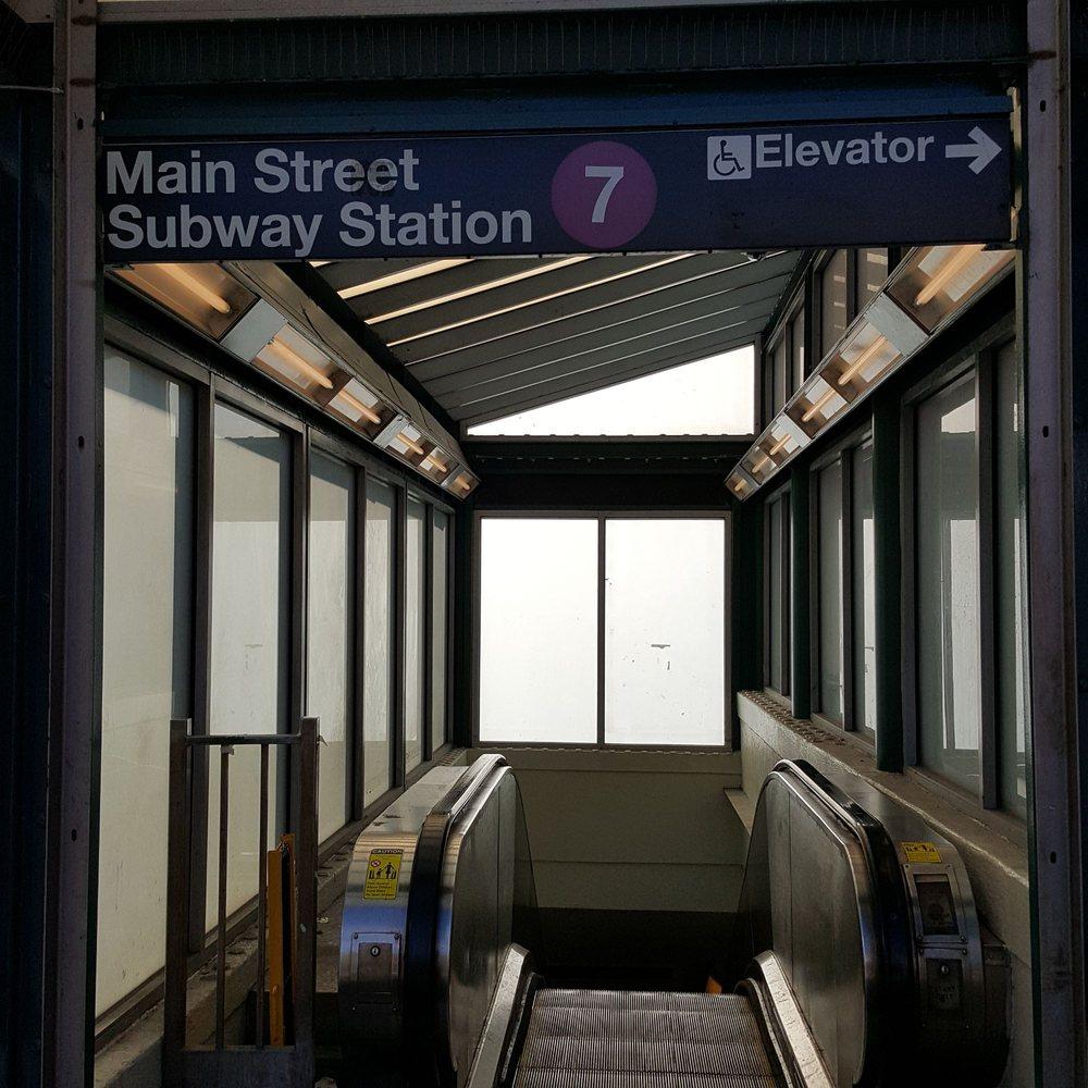 MTA - Main Street Subway Station: Main St & Roosevelt Ave, New York, NY