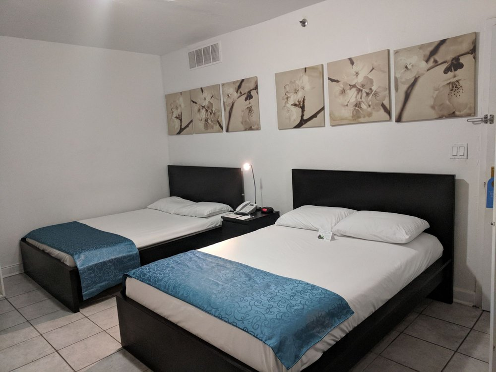 Lorraine Hotel Beach Resort