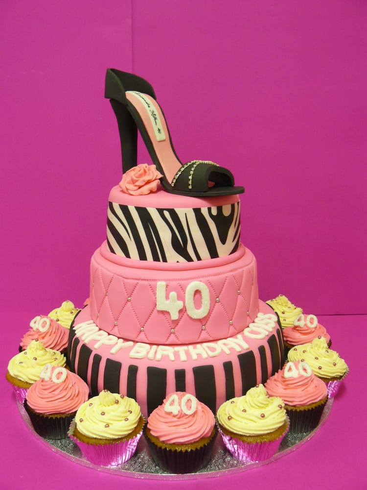 Cassandras Diva Licious 3 Tier 40th Birthday Cake Features A