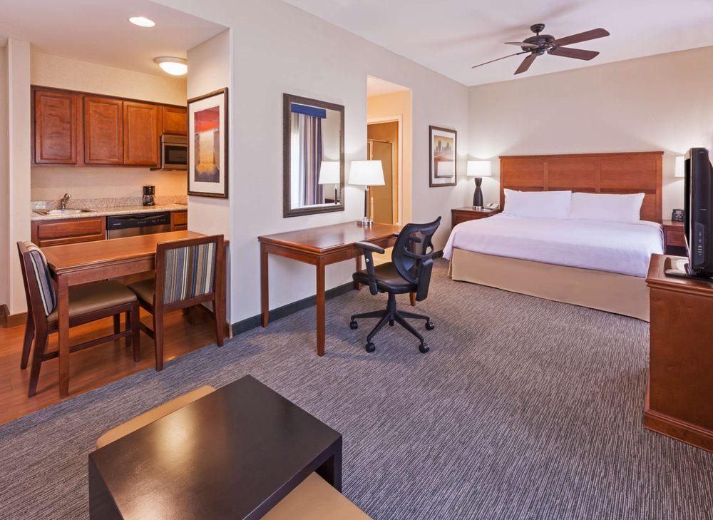 Homewood Suites by Hilton Laredo at Mall del Norte: 98 Calle Del Norte, Laredo, TX
