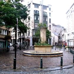 Place du jardin aux fleurs landmarks historic for Jardin aux fleurs