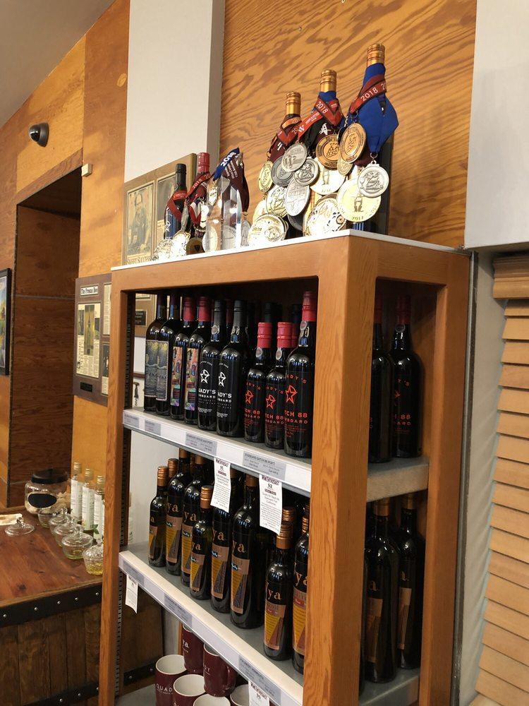 Quady Winery: 13181 Rd 24, Madera, CA