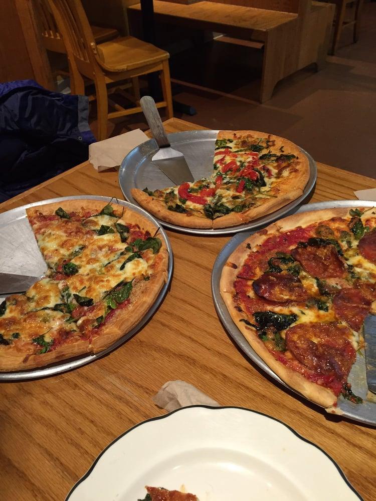Hillside Pizza: 173 Russell St, Hadley, MA