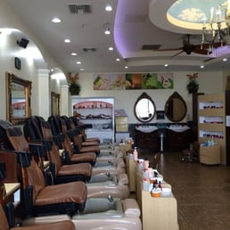 lynn s nails nail salons 4377 roswell rd marietta ga phone number yelp. Black Bedroom Furniture Sets. Home Design Ideas