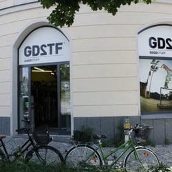 Goodstuff outlet closed sports wear rosenheimerstr - First outlet vigo ...