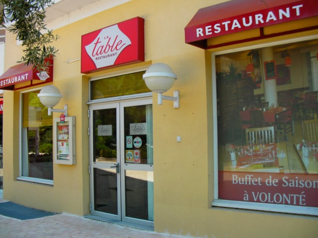 La table brasserie rue elsa triolet la vieille - Restaurant la table ronde marseille ...